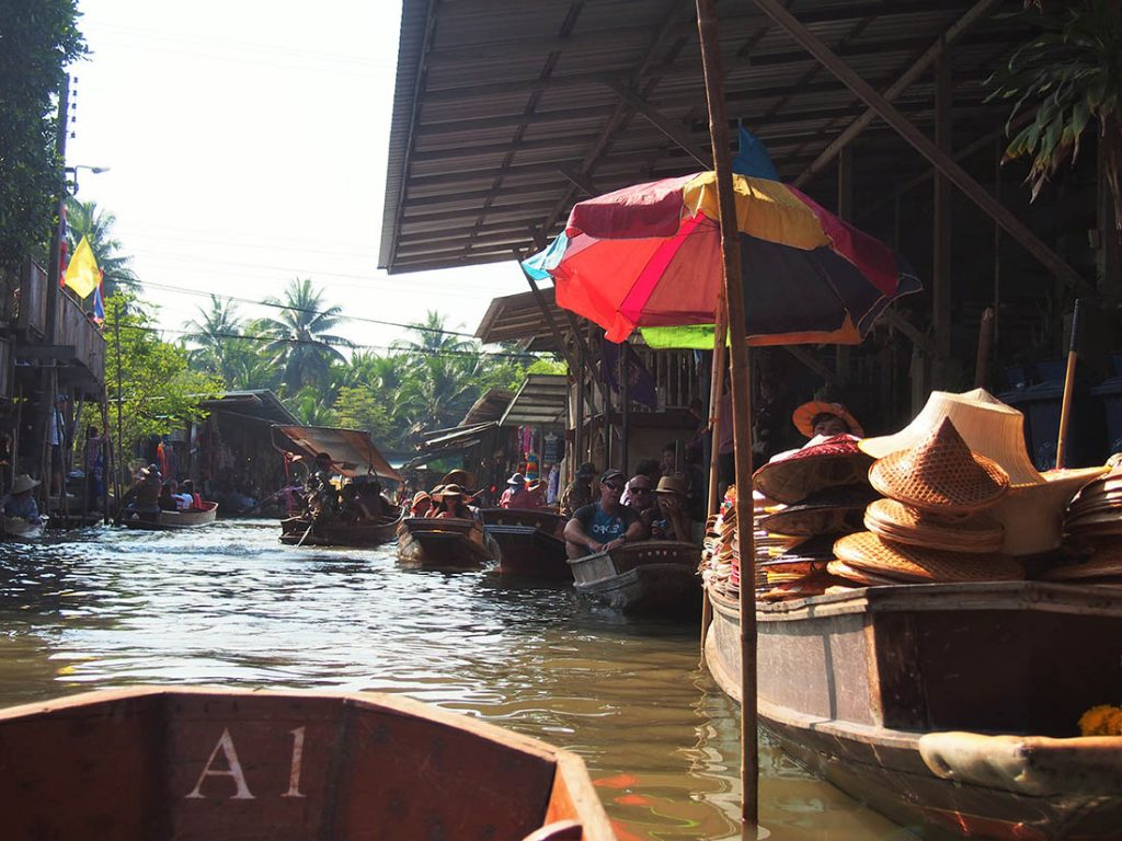 bangkok marche flottant embarcations