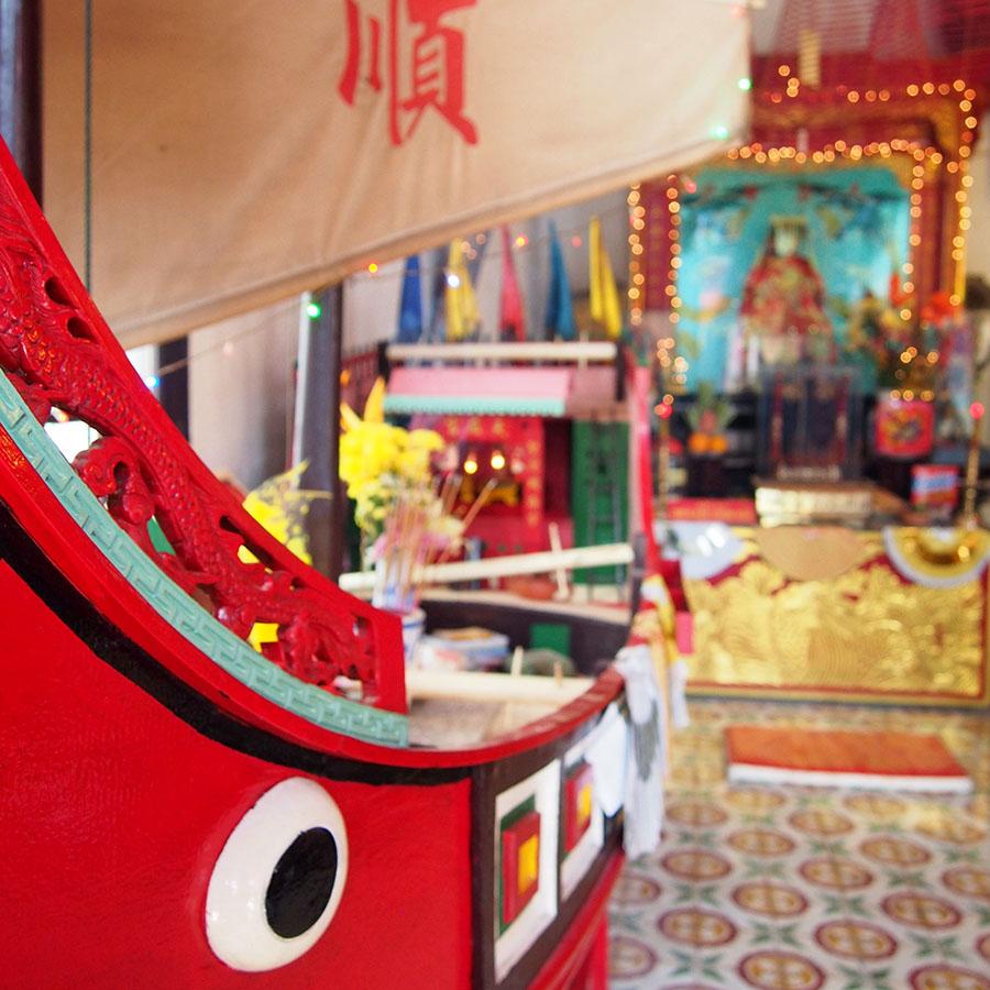 vietnam temple hoi an